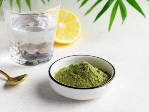 green superfood powder