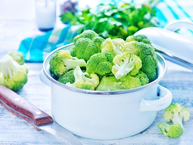 chopped, fresh broccoli