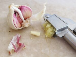 fresh crushed raw garlic