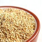quinoa uncooked grains