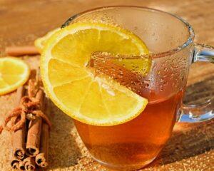 cinnamon and lemon tea