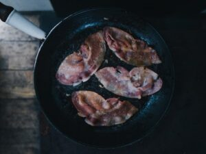 bacon in frying pan