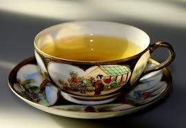 green tea contains catechins that increase metabolism