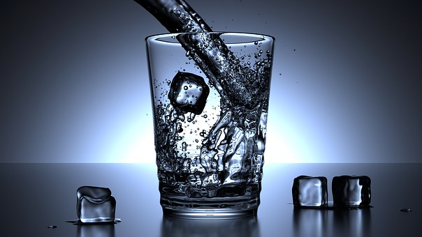water with ice helps boost metabolism