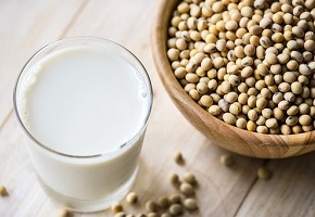soya milk and beans