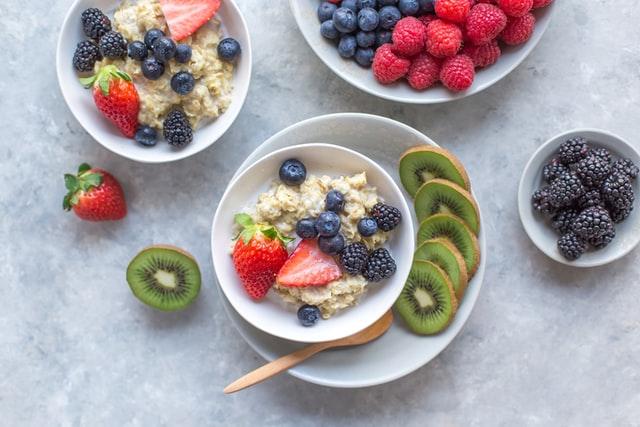 fresh fruit and poridge