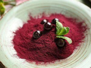 acai powder and berries